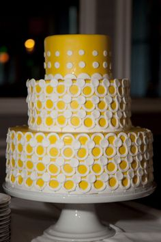a yellow beauty by http://www.exquisitedesserts.net/  Photography by christinearnold.com,