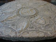 """ANTIQUE FRENCH NORMANDY LACE ROUND TABLECLOTH 45"""" EXC COND ALENCON VALENCIENNES"""