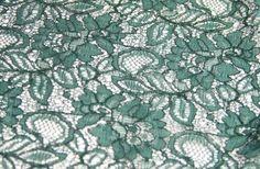 2015 2016 sezonu dantel kumaş modelleri dantelli kumaşlar toptan perakende un uygun dantel kumaş fiyatları ile Kaptan International Textile kumaş mağazaları raf ve reyonlarında beğeninize sunulmaktadır. 4447578