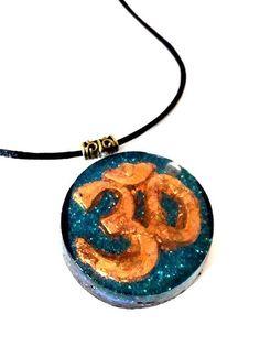 Orgonite pendant SHUNGIT-Magic-Copper-Blue-OM-power by ORGONITHEKA
