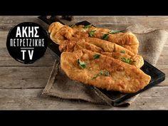 Πιροσκί με πατάτα από τον Άκη Πετρετζίκη. Φτιάξτε το αγαπημένο σνακ από τη Ρωσία γεμιστό με πατάτα, κρεμμύδι και μυρωδικά! Τέλειο για πρωινό! Chicken, Meat, Desserts, Recipes, Youtube, Food, Tailgate Desserts, Deserts, Recipies