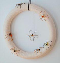 DIY Halloween Decor DIY Halloween Crafts : DIY Halloween Spider Wreath