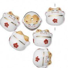 Lucky cat beads.