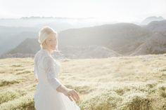 Auf dem Dach Ober?sterreichs Lace Wedding, Wedding Dresses, Fine Art Wedding Photography, Love Story, Caramel, Fashion, Wedding Dress Lace, Bridal Dresses, Salt Water Taffy