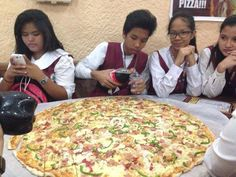 Craving pizza? Go for it! Being with group of friends is all about treating the whole barkada. ✌ #CaldaPizzaCDO #everydaycalda  Here, our best, ultra-satisfying pizza creations: ➡http://www.caldapizzacdo.com/menu-list/
