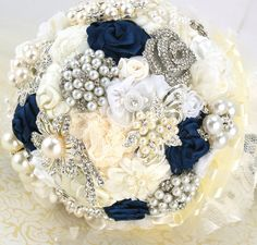 Brooch Bouquet Wedding Bouquet Vintage Style Bouquet in Ivory, Cream, White and Navy Blue