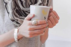 All you need is tea... and beautiful Hilary Druxman jewelry ☕️