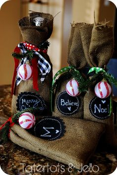 Burlap & Chalkboard Gift Bags!! Would make a great neighbor gift for #Christmas #DIY