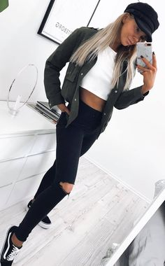 trendy outfit / white crop top + skinnies + shirt + sneakers