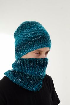 Blue hand knitted cap and neck warmer for teenagers , - Knit Caps Kids Hand Knitting Yarn, Knitting For Kids, Knitting Projects, Knitting Patterns, Thread Crochet, Crochet Yarn, Yarn Shop, Neck Warmer, Knitted Hats