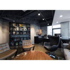 신사동 Project. . . . #interior #instadaily #interiordesign #spacedesign #office #officespace #officeinterior #officedesign #furniture #design #daily #display #designgrimm #seoul  #인테리어 #인스타그램 #인테리어디자인 #사무실 #사무실인테리어 #오피스 #오피스인테리어 #디자인 #조명 #디자인조명 #디자인가구 #제작가구 #디자인그림 #신사동 by designgrimm