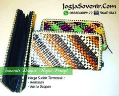 JOGJA SOVENIR menjual berbagai macam SOUVENIR PERNIKAHAN khas kota JOGJA dengan bentuk unik dan harga murah meriah. Bisa dikirim ke berbagai kota di Indonesia.  http://www.jogjasovenir.com  #Souvenir_Pernikahan #Souvenir_Pernikahan_Murah