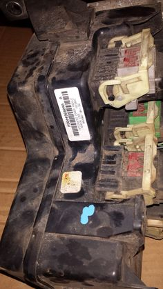 0205 DODGE RAM 1500 FUSE BOX TOTALLY INTEGRATED POWER