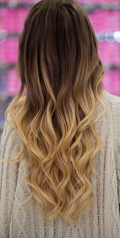 nice ombre hair / bronde hair...