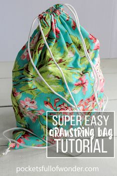 Super Simple Drawstring Backpack So easy, no pattern needed! This drawstring ba. Super Simple Drawstring Backpack So easy, no pattern needed! This drawstring bag tutorial gives al Drawstring Bag Pattern, Drawstring Bag Tutorials, Backpack Pattern, Drawstring Backpack Tutorial, Purse Tutorial, Tote Pattern, Wallet Pattern, Drawstring Bags, Sewing Hacks