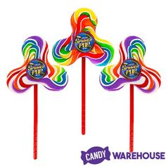 Bee International creates some world-class lollipops — Fidget Spinner Rainbow Swirl Pops Rainbow Candy, Rainbow Swirl, Isomalt, Hard Candy, Rainbow Colors, All The Colors, Party Themes, Bee, Display