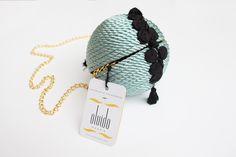 ● Bolso de fiesta hecho en cordón de seda | Modelo Bombón menta | Diseños OLVIDO MADRID | www.olvidomadrid.es
