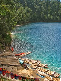 Lagunas de Montebello,, Chiapas, México - Comprises 59 multi-colored lakes in a pine forest and two Mayan ruins. It was the first national park in Chiapas when created in and in 2009 the park was designated a Biosphere Reserve by UNESCO. Places Around The World, Travel Around The World, Around The Worlds, Places To Travel, Places To See, Wonderful Places, Beautiful Places, Les Continents, No Bad Days