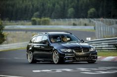 BMW E91 Touring black in action at the 'Ring