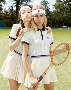 You'll Love Urban Outfitters' Preppy New Athleisure Collab via Brit + Co. Game, Set, Match🎾 Champagne open to kick off Monochromatic minimal tennis outfit Fila headband polo shirt K Fashion, Tennis Fashion, Moda Fashion, Sport Fashion, Tennis Skirts, Tennis Clothes, Look Athleisure, Tennis Wear, Sport Tennis