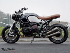 Tank Machine personnalisation de moto, Suzuki Vanvan, BMW Nine-T, Indian Scout Indian Scout Bike, Indian Scout Custom, Jeep Willys, Street Tracker, Bobber Bikes, Motorcycles, Ducati, Nine T Bmw, Les Scouts