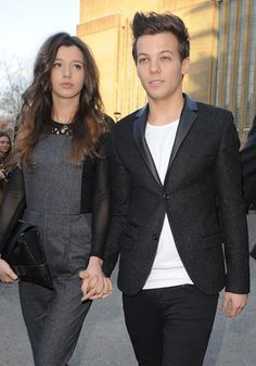 Ahh her hair is perfectttt! Eleanor Calder and Louis Tomlinson, from One Direction. Louis Tomlinson, not Eleanor Calder; Louis Tomlinson Girlfriend, One Direction Louis Tomlinson, Eleanor Calder Outfits, Eleanor Calder Style, Louis Tomlinson Eleanor Calder, Louis And Eleanor, Silk Chemise, Front Row, Cute Couples