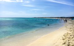 Arashi Beach, Aruba, Karibik © Viktoria Urbanek Hotels, Strand, Beach, Water, Outdoor, Last Minute Vacation, Travel, Island, Places To Travel