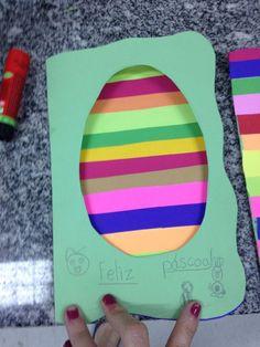 Cartão de Páscoa com tiras de papel