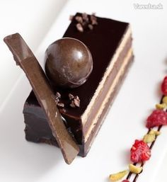 Opera rezy Czech Desserts, Eastern European Recipes, Czech Recipes, Tiramisu, Opera, Good Food, Food And Drink, Sweets, Candy