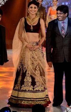 USD 141.16 Shilpa Shetty Maroon Velvet Designer Lehenga Choli 32769