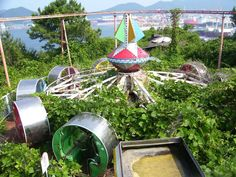 Okpo Land, Okpo-Dong, South Korea (closed in The duck-themed rollercoaster killed a child in the late and another in Nobody of the park's leaders have apologized or said anything. The park was left in ruin in 1999 and demolished in the Fall of Abandoned Theme Parks, Abandoned Amusement Parks, Abandoned Buildings, Abandoned Places, Top Photos, Park Photography, Places Around The World, Nature Photos, South Korea