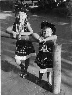Knott's Cowgirls, 1957