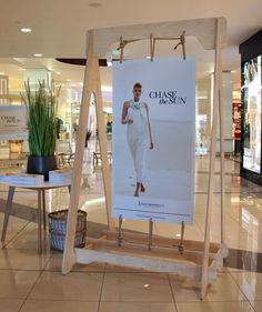 "INDOOROOPILLY SHOPPING CENTRE, Brisbane,Australia, ""Summer Fashion Campaign"", creative by POD, pinned by Ton van der Veer"