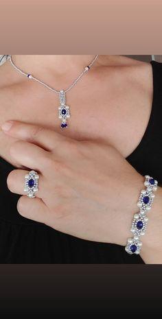 Diy Bracelets Patterns, Macrame Bracelet Patterns, Beaded Bracelets Tutorial, Handmade Bracelets, Jewelry Bracelets, Beaded Wedding Jewelry, Beaded Jewelry Designs, Bead Jewellery, Seed Bead Necklace