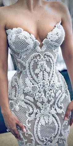 Hottest Wedding Dresses Collections for ★ best wedding dresses sweetheart strapless neckline lace vintage leah da gloria Best Wedding Dresses, Bridal Dresses, Wedding Gowns, Stunning Wedding Dresses, Hair Wedding, Mermaid Dresses, Boho Wedding, Dream Dress, The Dress