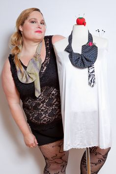 the vintage tie nouveau jabot necklace . in double purple and black Vogue Magazine, Single Image, Body Types, Purple And Black, Handcrafted Jewelry, Crochet Necklace, Curvy, Unisex, Sexy