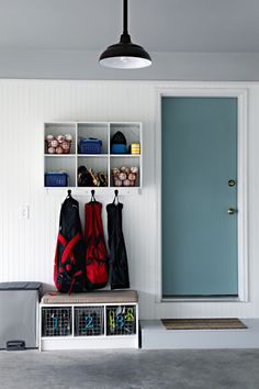 I would love this garage mudroom