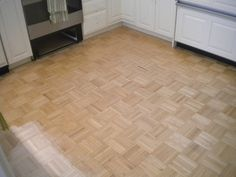Sanding Parquet Floor in...    http://www.classicparquet.co.uk/