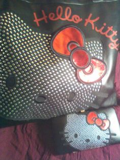 my hello kitty bag and wallet =^.^=