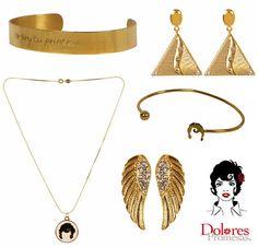 La firma de moda Dolores Promesas presenta una colección de pulseras, pendientes y collares de estética vintage y baño de oro: http://www.estiloymoda.com/articulos/dolores-promesas-bisuteria-pv15.php