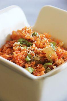 Kimchi Fried Rice (Kimchi Bokumbop)