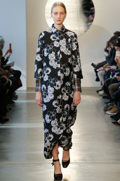 Suno Fall 2016 Ready-to-Wear Collection Photos - Vogue