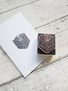 Book lover gift - book lover stamp - book stamp - personalised book stamp - book gift - book rubber stamp - Do Not Disturb Stamp. Book Lovers Gifts, Book Gifts, Silhouette Mint, Book Spine, Literary Gifts, Stamp Book, Heart With Arrow, Personalized Books, Custom Stamps