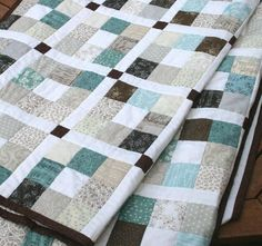 This is an easy and modern PDF quilt pattern in 5 sizes from Crib to King. It uses Jelly Roll strips and some contrasting or co-ordinating fabrics