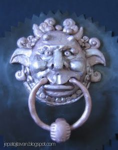 (did i mention these are awesome?) Mouth Knocker Labyrinth cake.  yes I said cake. Next birthday cake. DO IT