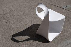 takeshi miyakawa curves ribbon-like mobius chair
