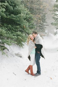 Southern California Snowy Engagement Session by Richelle Dante Photography cam use our grey fur blanket Winter Maternity Photos, Winter Engagement Photos, Winter Pictures, Maternity Pictures, Engagement Couple, Engagement Pictures, Pregnancy Photos, Engagement Session, Country Engagement