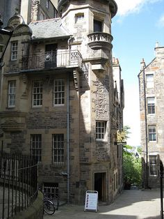 """The Writers Museum in Edinburgh: 3 famous writers of Scotland are honoured in this small museum that displays memorabilia and historical information about their lives and works. One, poet Robert Burns, stayed in a home opposite the Museum during a visit to the city in 1786. One of the most celebrated of Scotland's writers, statues of Burns are scattered around the area. """"Lady Stair's Close, Lawnmarket"""" photo by buhny  [Please keep photo credit and original link if reusing or repinning…"""
