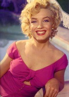 Marilyn Monroe - Pretty in pink