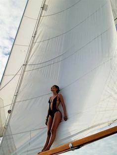 Going sailing on the ocean! via ZsaZsa Bellagio - Tropical summer beach vacation escape Doutzen Kroes, Sailing Girl, Sailing Style, Sailing Rope, Sailing Ships, Summer Jobs, Summer Fun, Sail Away, Set Sail